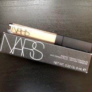 NIB NARS Radiant Creamy Concealer in Vanilla